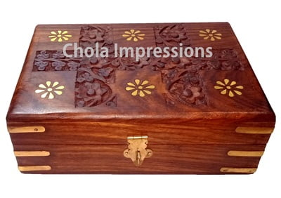 Handcarved Wooden Jewel Box made of Seesham Wood